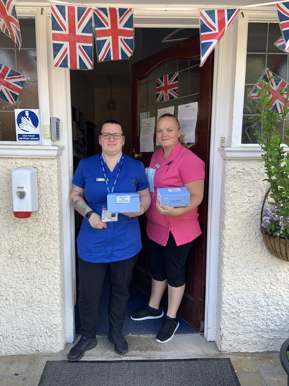 Asda Sittingbourne Donates 650 masks to local care homes | Asda Sittingbourne