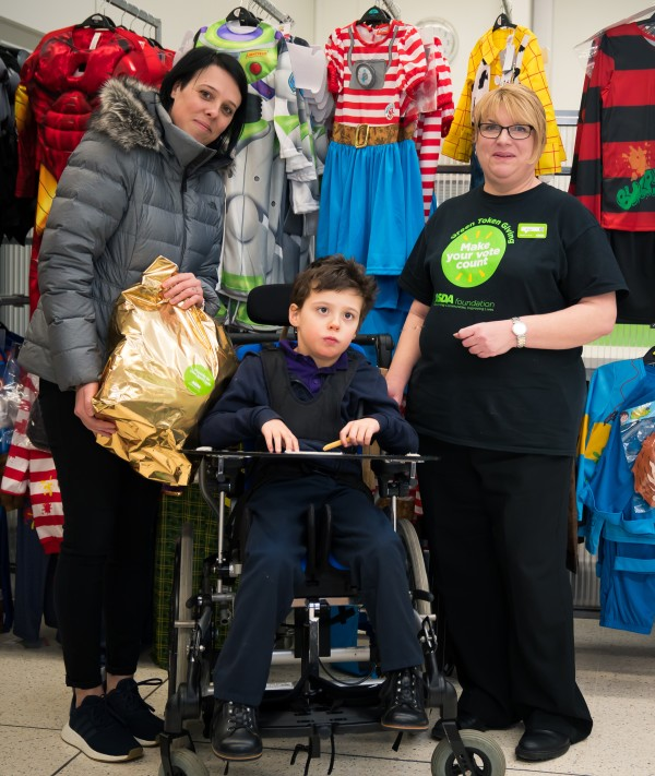 Asda colleagues track down new pyjamas for Alfie
