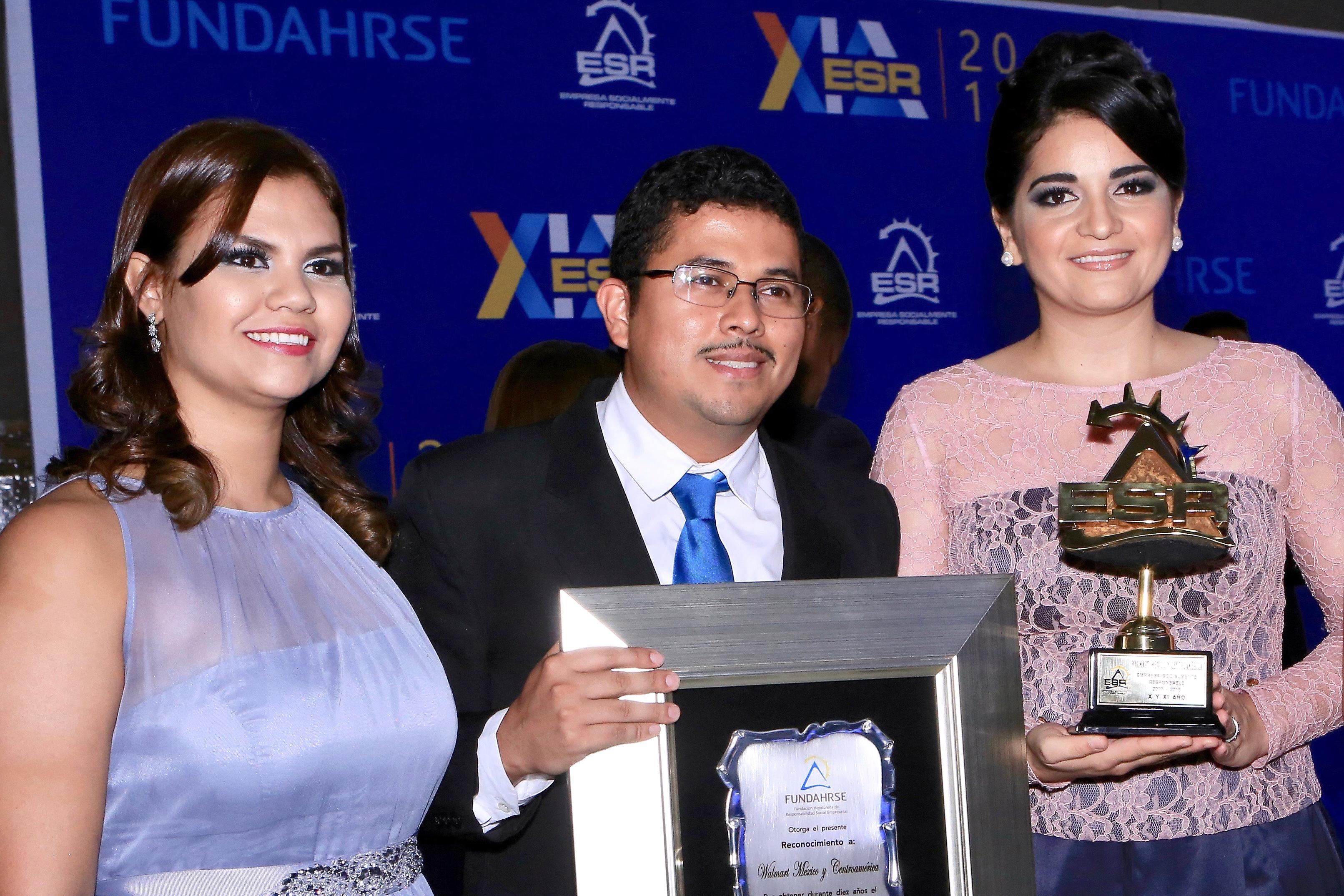 Walmart de México y Centroamérica recibe por décimo año consecutivo el Sello Fundahrse como Empresa Socialmente Responsable